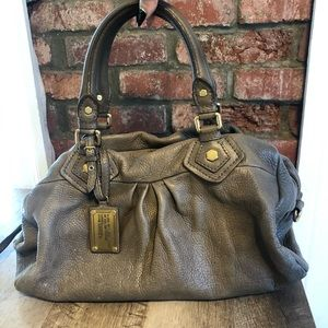 Taupe Marc Jacobs hobo bag